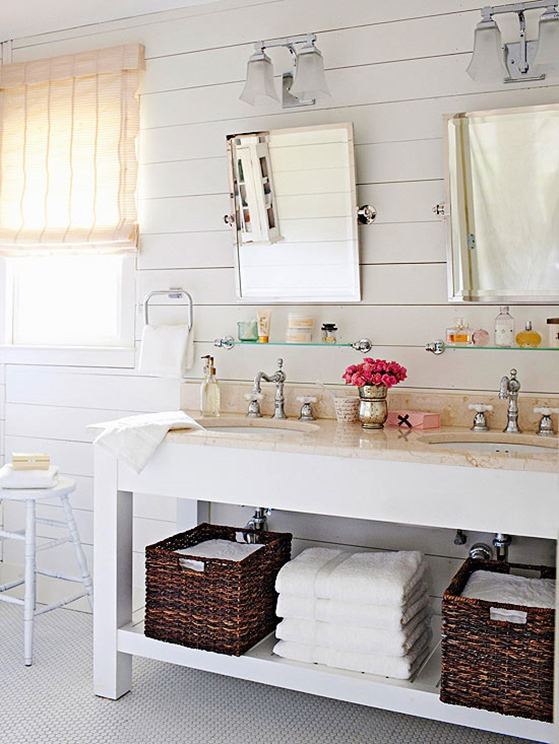 plank-walls-in-bathroom-bhg