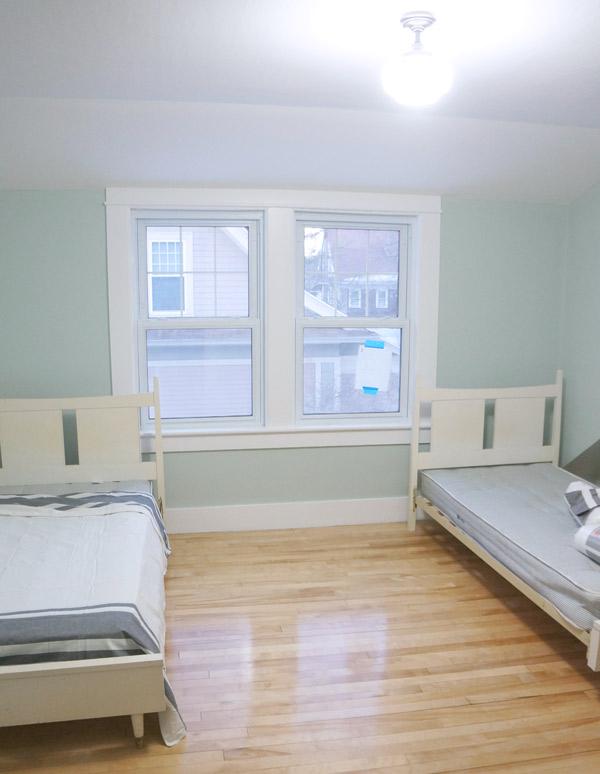 millie-w29-bedroom