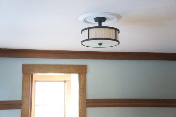 millie-w32-master-ceiling