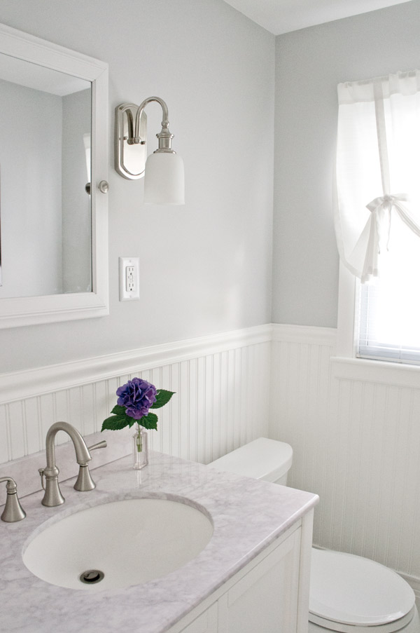 House Crash! Airy Cape Bathroom via Year of Serendipity