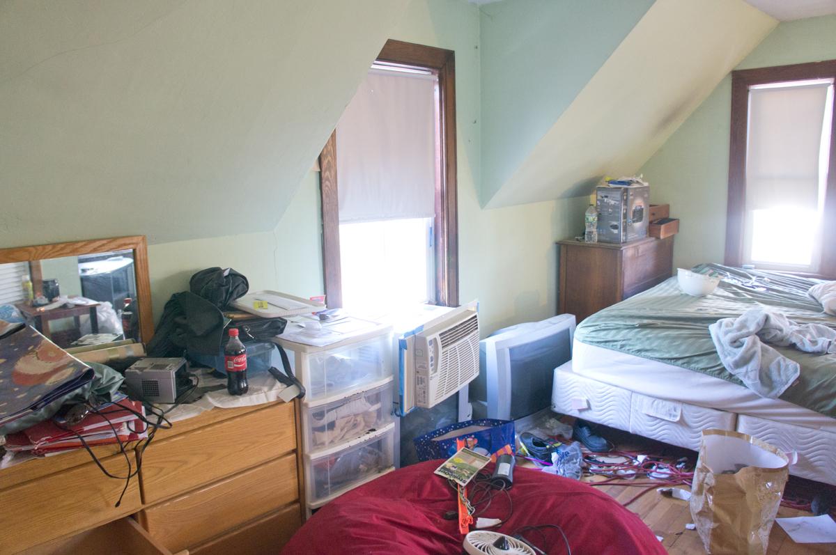 shorty-flip-house-bedroom3-1
