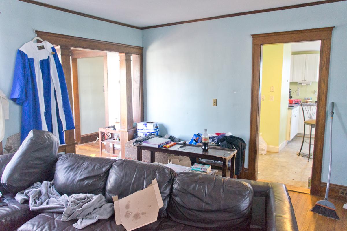 shorty-flip-house-living-room2