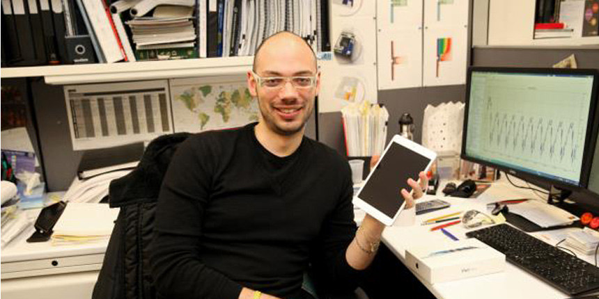 New York Senior Engineer Silverio Patrizi received an iPad mini for his proposal for a study to improve the thermal performance of spandrel glass.