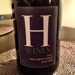 H Wines Pinot Noir  Wine