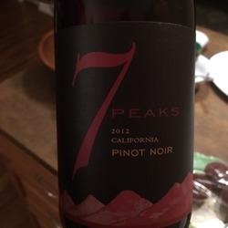 7 Peaks Pinot Noir  Wine