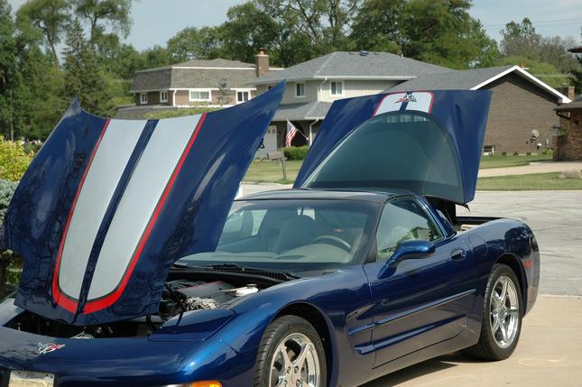 2004 corvette coupe commemorative edition