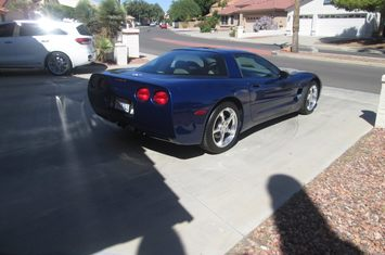 2004 commemorative edition corvette coupe
