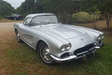 1962 corvette factory fuel injected roadster