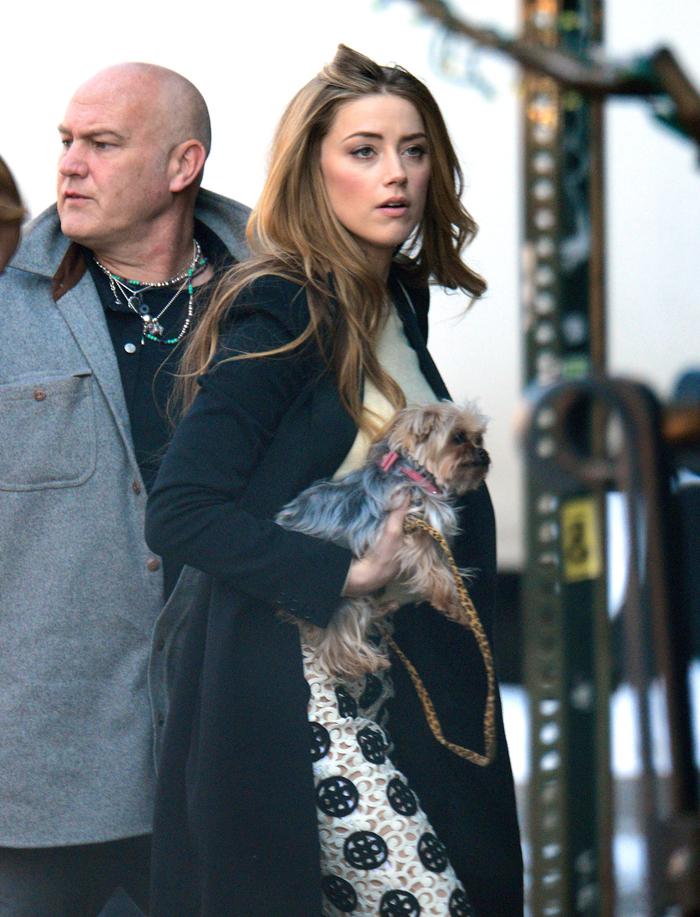 La actriz trata a sus dos perros como si fueran sus hijos.