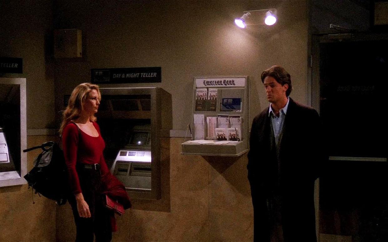 Y este es Chandler con Jill Goodacre.