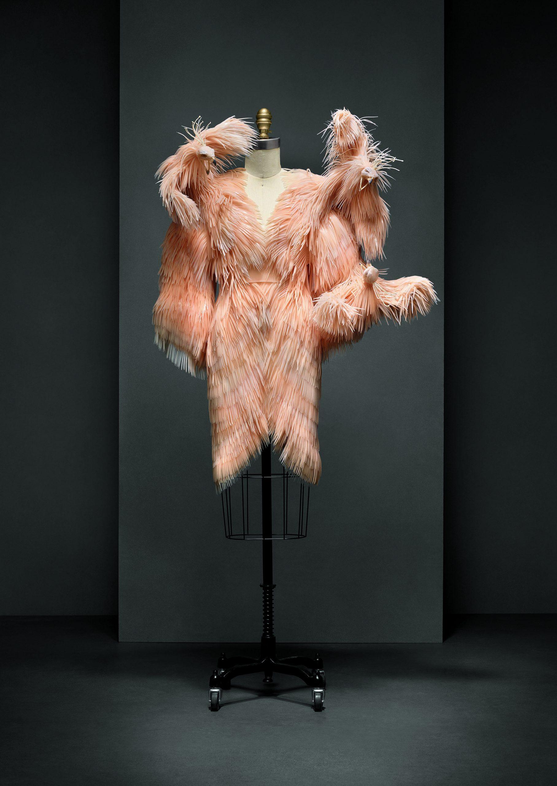 Vestido de Iris van Herpen, colección alta costura Otoño-Invierno 2013-14.
