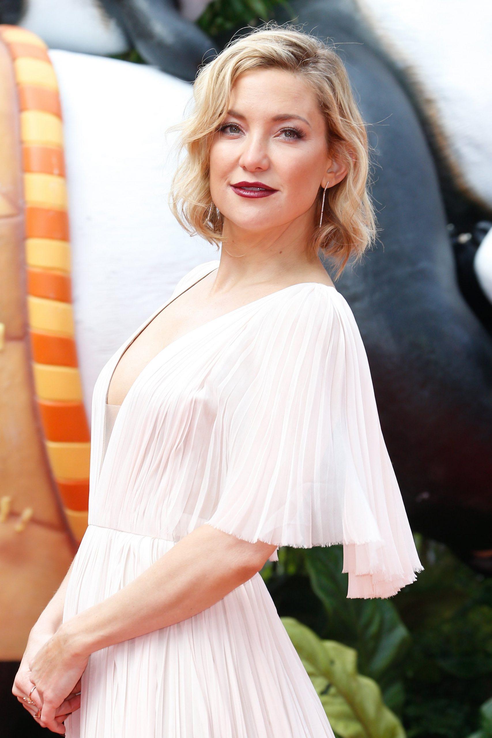 """Kate Hudson se refiere al abandono de su padre como """"una bendición""""."""