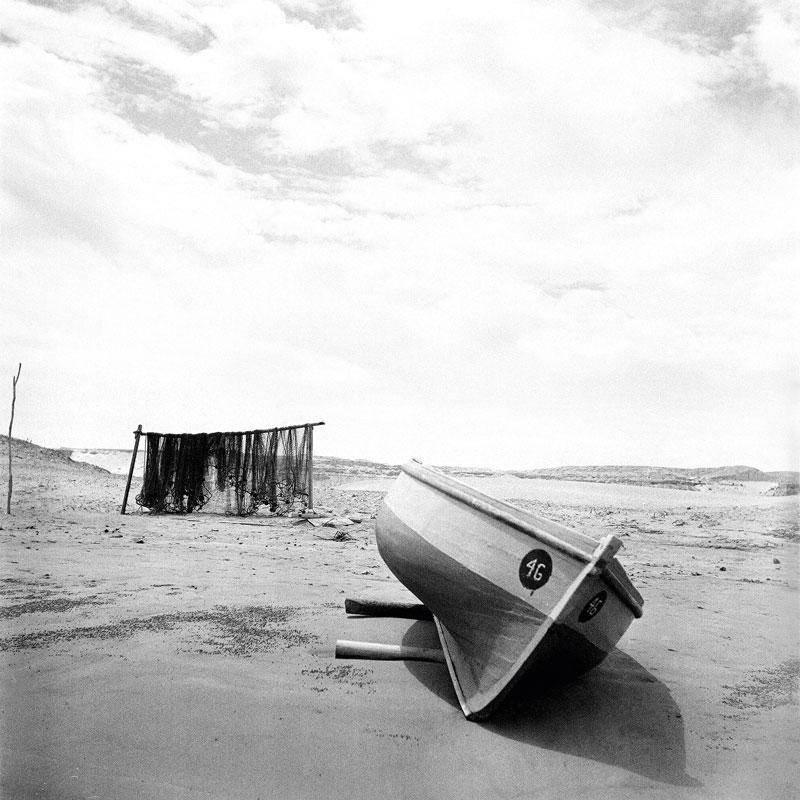 Los desérticos paisajes costeros constituyen uno de los pilares en la obra fotográfica de Luza.