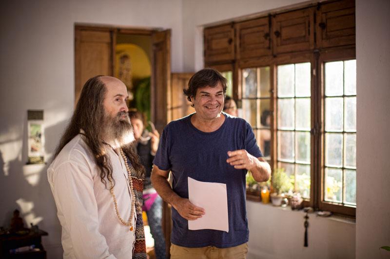 """""""Trabajar con Javier Cámara fue como manejar un Ferrari"""", dice Daniel, quien escribió la versión final del guion con su hermano Gonzalo."""