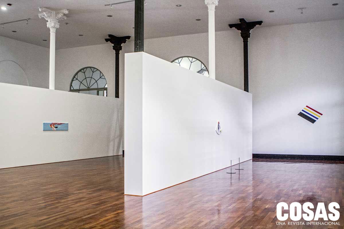 A Richard Tuttle le tomó aproximadamente año y medio preparar las piezas que exhibiría en el MALI. Cuando acabe la muestra, el museo lanzará una publicación sobre esta exposición en dos partes.