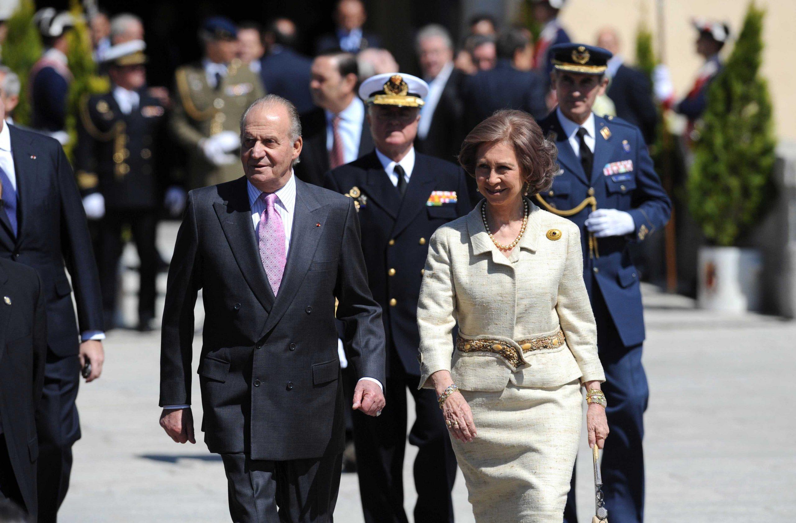 Juan Carlos y Sofía se casaron el 14 de mayo de 1962 siguiendo el rito católico, el ortodoxo y en una ceremonia civil.