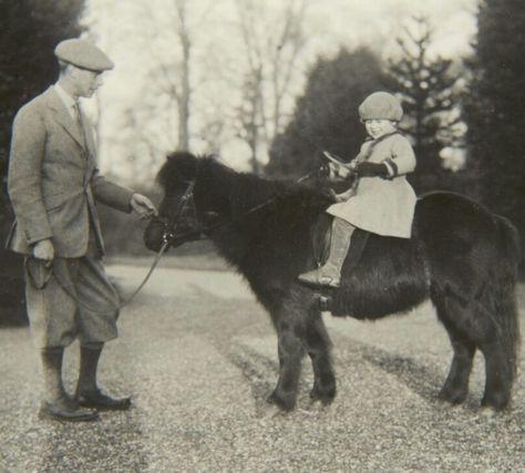 reina elizabeth charlotte caballos 2