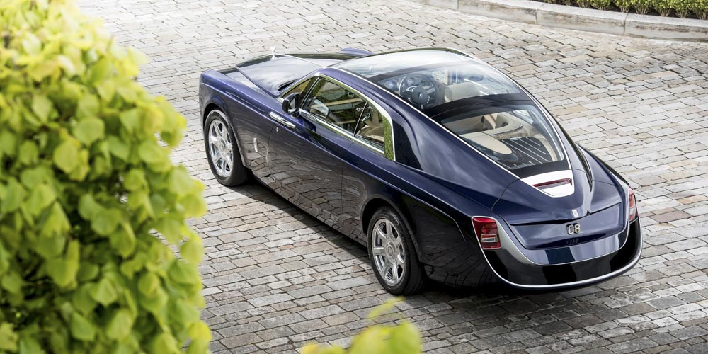 autos 2020 rolls-royce