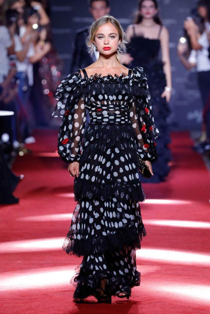 Amelia Windsor Pasarelas Dolce & Gabbana
