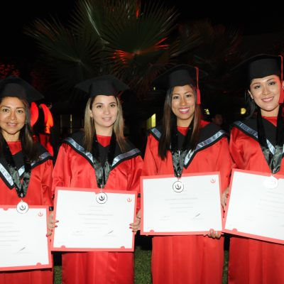 alumnos graduación