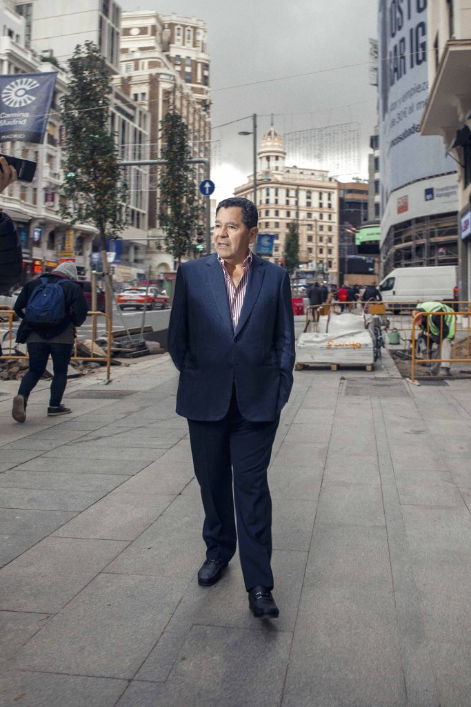 Carlos Añaños crisis económica Perú