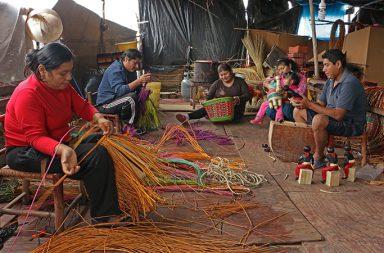 Manos a la obra la subasta virtual a favor de los artesanos peruanos