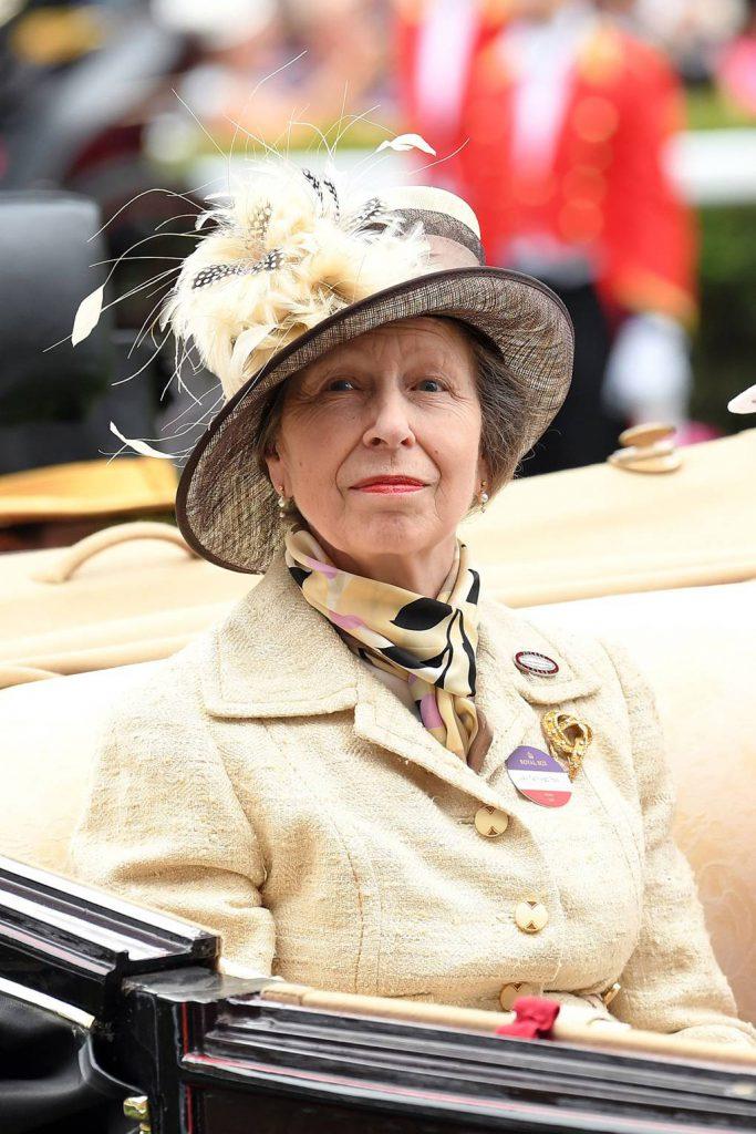princesa Anne príncipe Harry 12