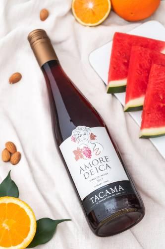 Mujeres vino Tacama