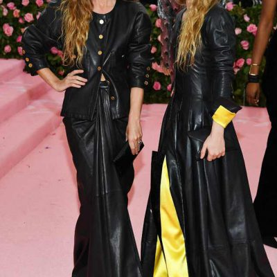 Mary-Kate y Ashley Olsen Alfombra Rosa Met Gala