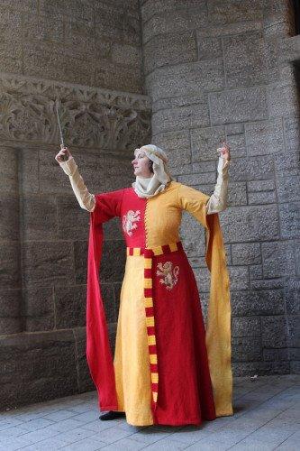 Image #1vponje1 of 1500s Gryffindor