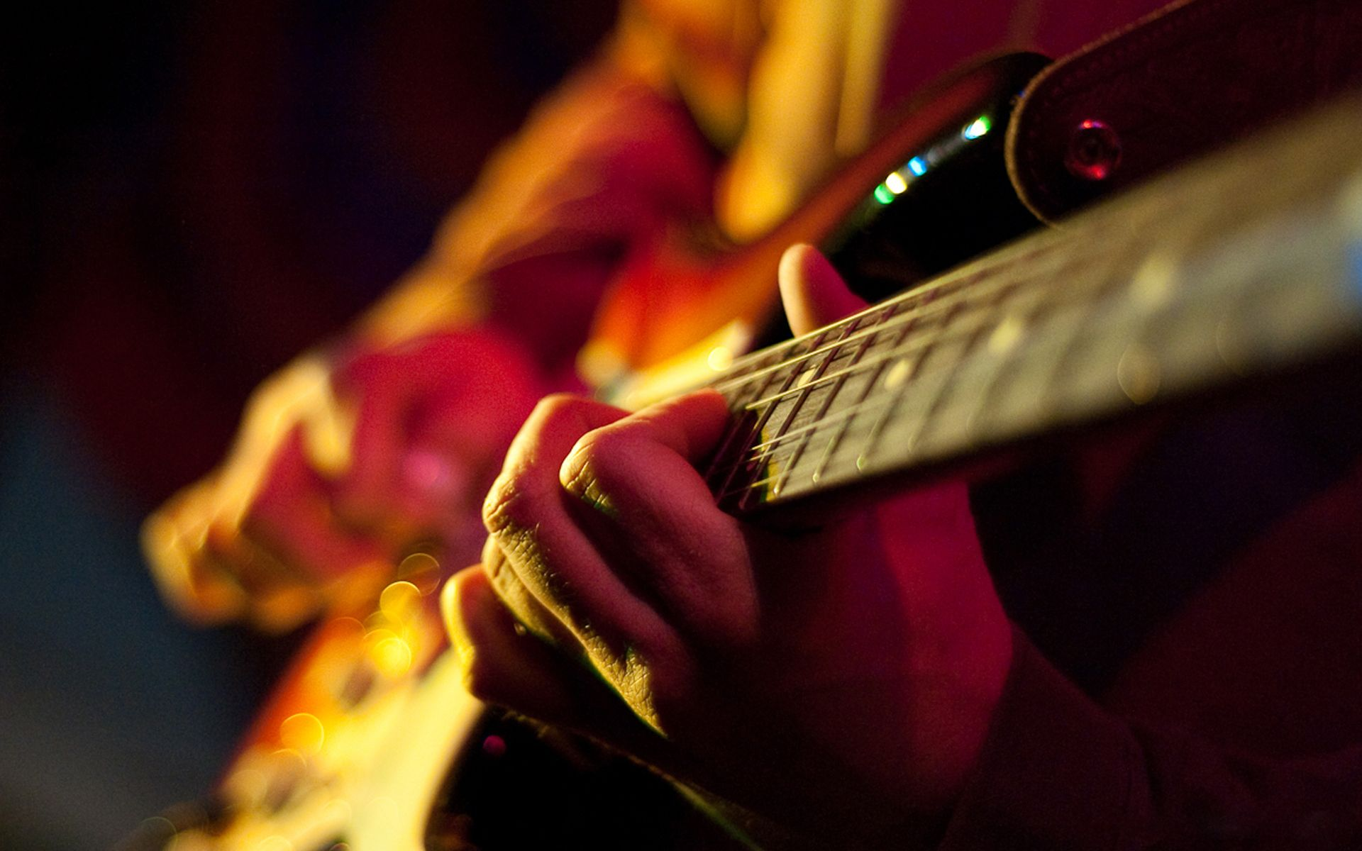 How To Play Guitar Online- 10 Best Websites to Teach Yourself Guitar