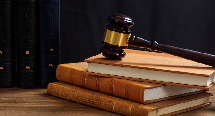 Carteira da OAB para advogada não capacitada? Savio Chalita comenta o caso