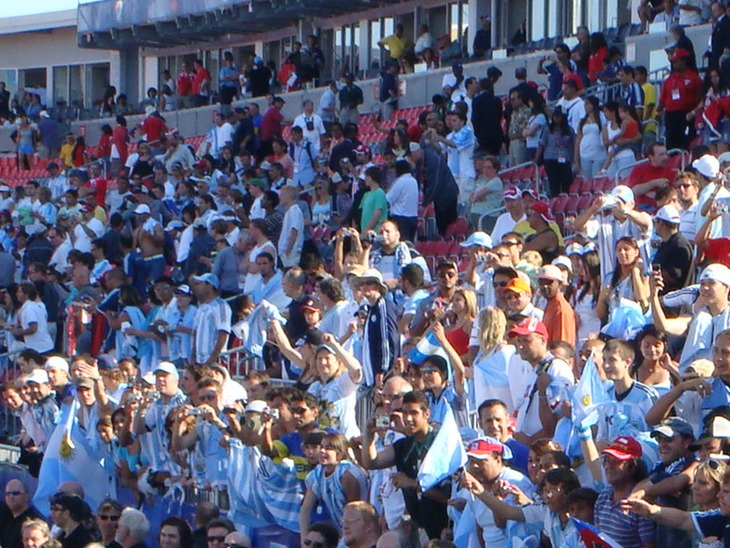 Argentina fans celebrate at BMO Field. (Canada Soccer).
