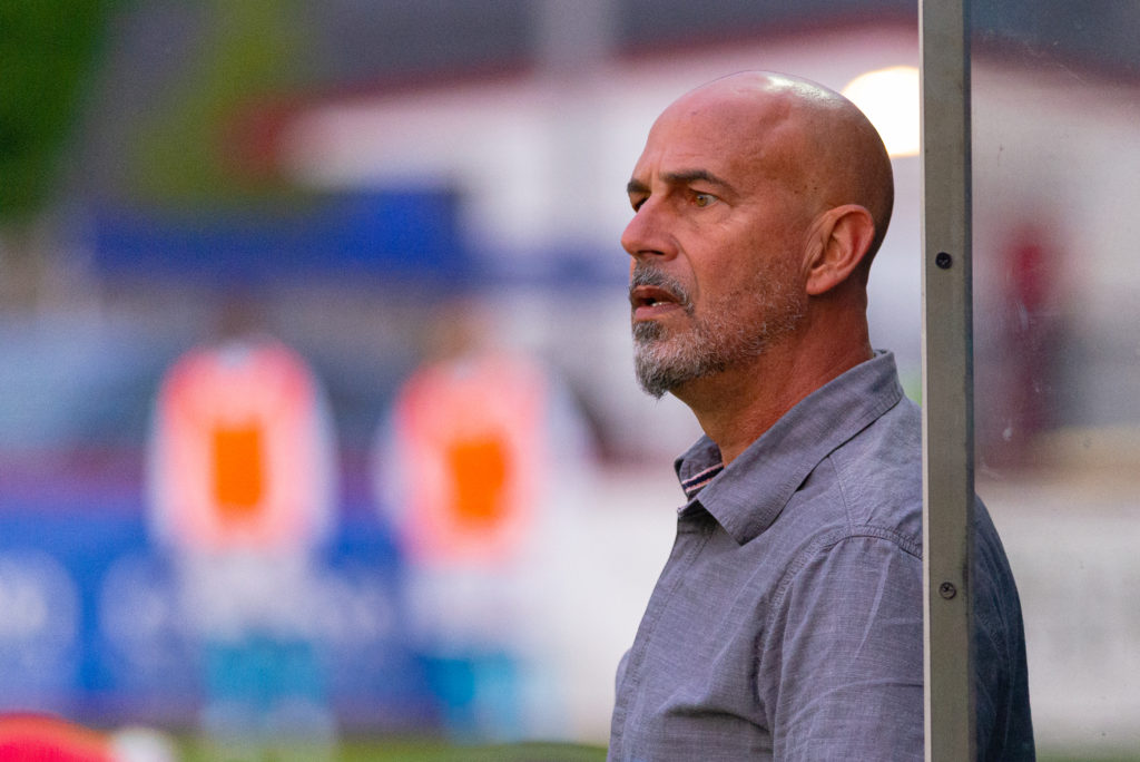 HFX Wanderers FC Head Coach Stephen Hart looks on from the bench area against Valour. (Trevor MacMillan/CPL)