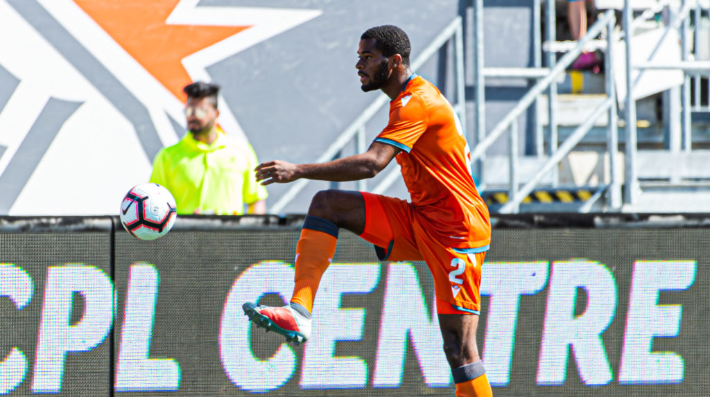 Forge FC's Jonathan Grant in action vs. Cavalry FC. (Photo: Ryan McCullough/CPL).