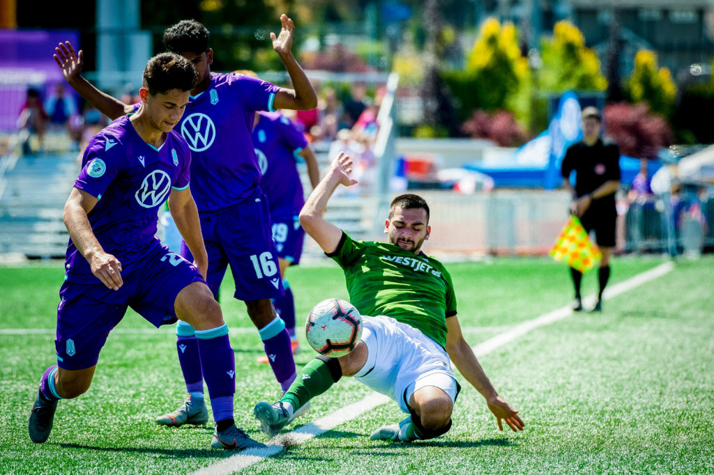 July 1, 2019 - Langford, Canada - Pacific FC faces off against Calvary FC at Westhills Stadium in the Canadian Premier League. (Credit Image: James MacDonald)