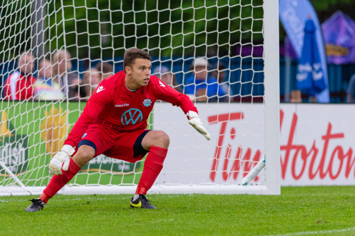 Oxner kept six clean sheets for the Wanderers in his first pro season. Photo: Trevor MacMillan.