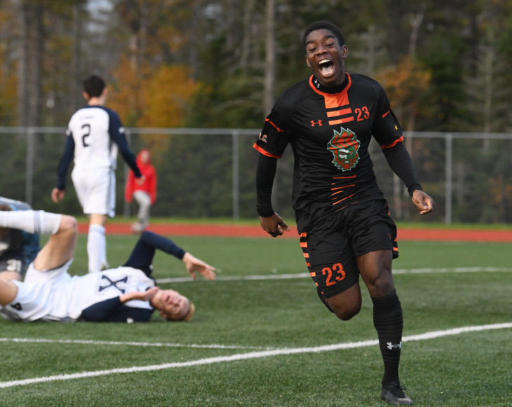 Pure joy as Bent celebrates a goal for the Capers where he scored 24 goals in 36 games. Photo: Vaughan Merchant.