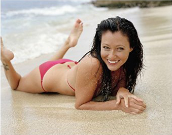 Bikini Sunday – Shannen Doherty