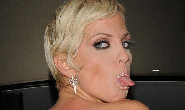 Sarah Harding Tongue