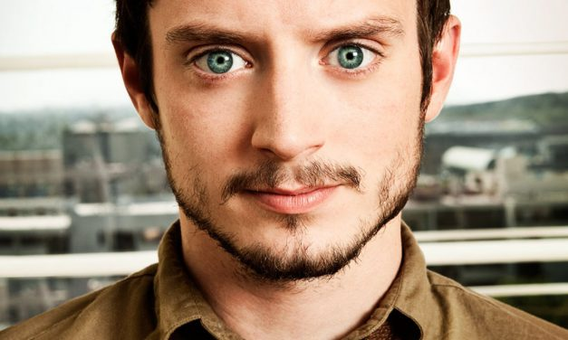 Elijah Wood Fingers Hollywood Pedophiles