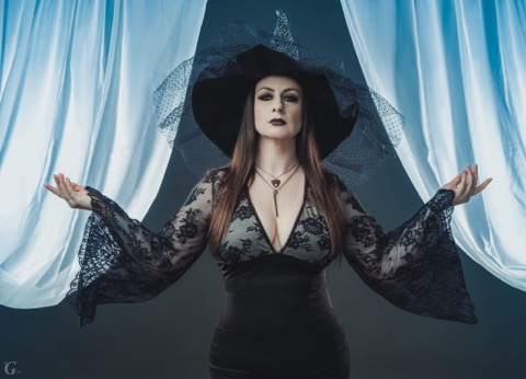 An Interview with Malvolia, Queen of Screams