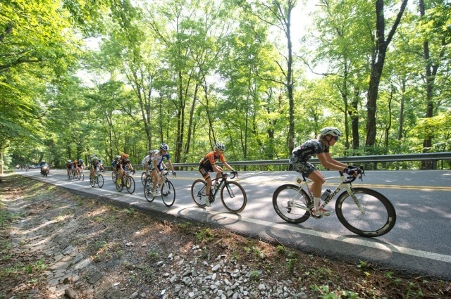 The women's peloton rides up Lookout Mountain. Photo by Casey Gibson