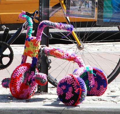 tricycle yarn bombing