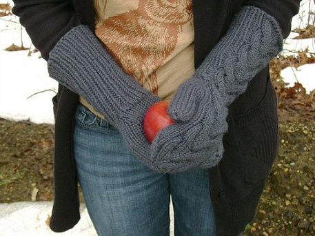 twilight inspired knit gloves