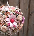 Handmade Brooch Bouquets for Your Wedding Day
