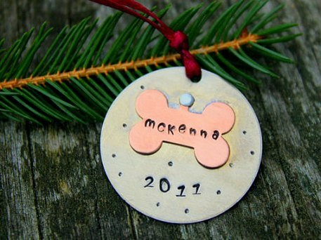 Christmas pet gifts, holiday, dog, cat gifts
