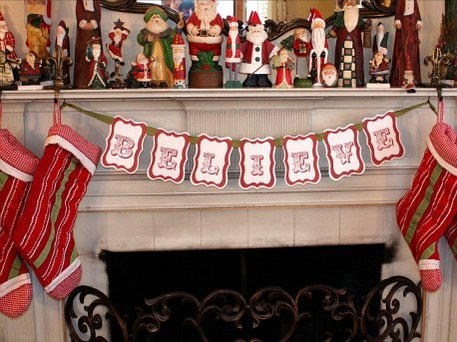 fireplace holiday bunting