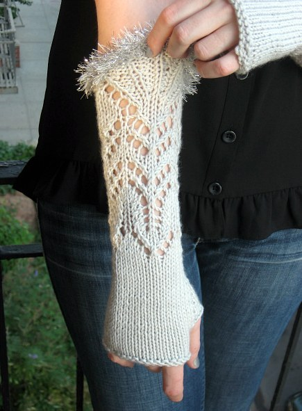knit lace gloves