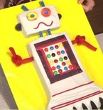 Robot Cake (Video Tutorial)